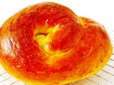 round challah from The Jewish Kitchen